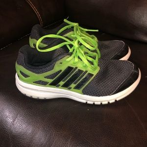 2/$20 Boys Adidas Energy Cloud sneakers